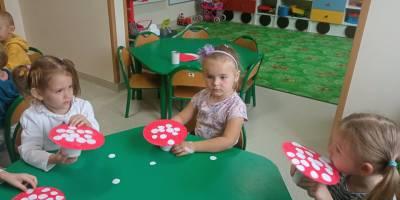 12 i 13 października – Przedszkolaki na grzybobraniu
